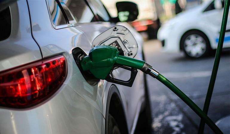 Suben precios de todos los combustibles, excepto el gas natural y el GLP