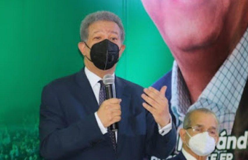 Leonel Fernández encabezará este martes reunión de la Dirección Política de la FP