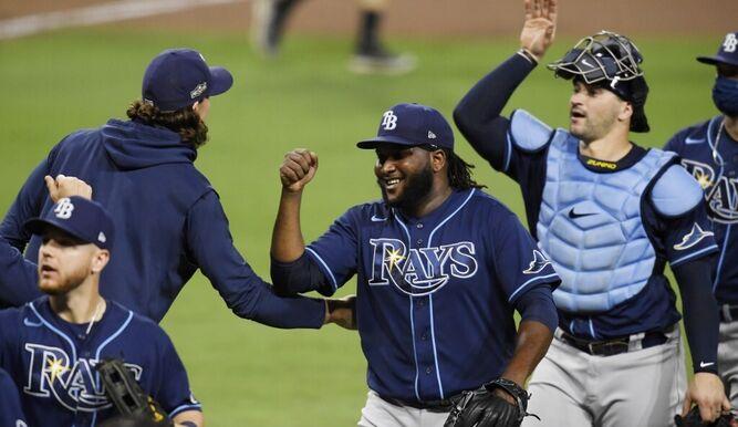 Los Rays vencen a Astros y están a una victoria de la Serie Mundial