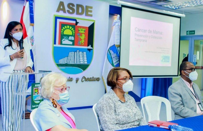 Vicealcaldía de  SDE imparte charla de prevención del cáncer de mama