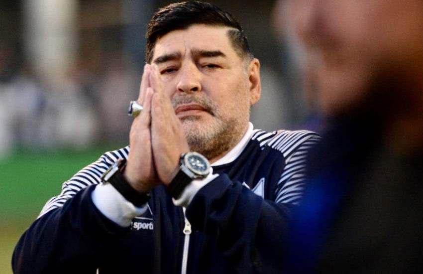 Joven que asegura ser hijo de Diego Maradona exige la exhumación de su cuerpo