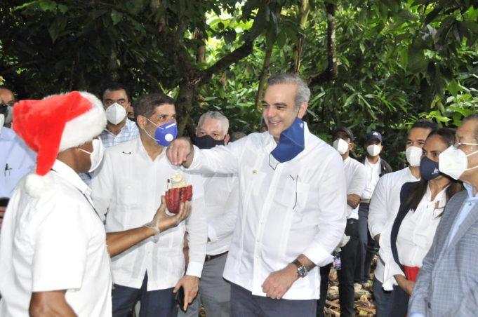 Gobierno dispone de 800 millones de pesos  para impulsar la producción de cacao
