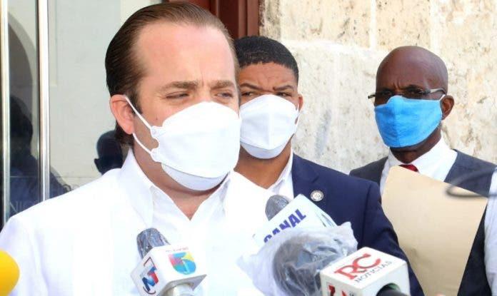 La dirección del PRM estudiará reintegro de Eddy Olivares