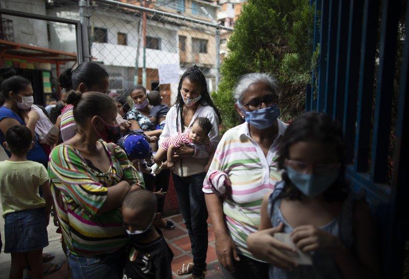 Maduro flexibiliza la cuarentena en diciembre