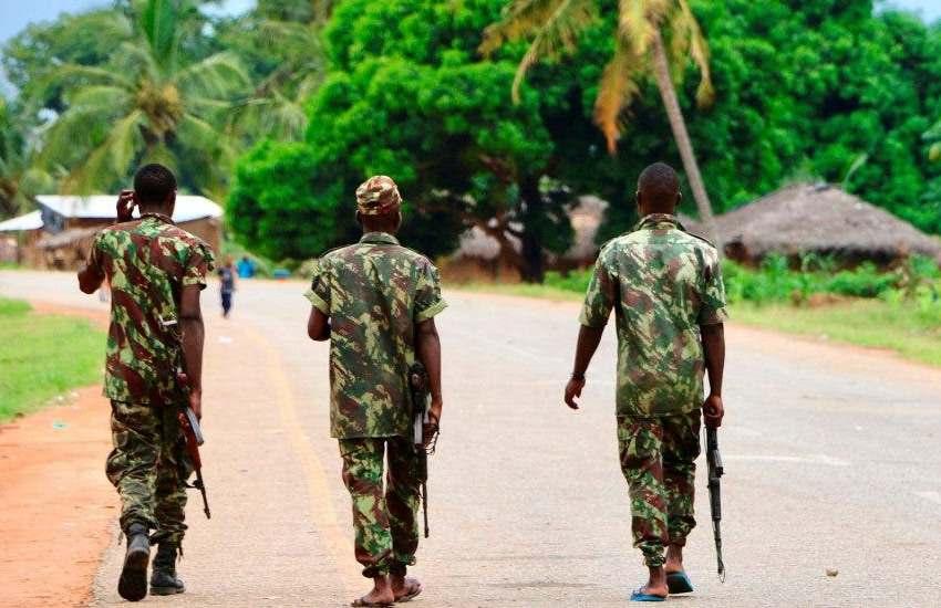 Mueren 54 personas ahogadas cuando huían de violencia yihadista en Mozambique