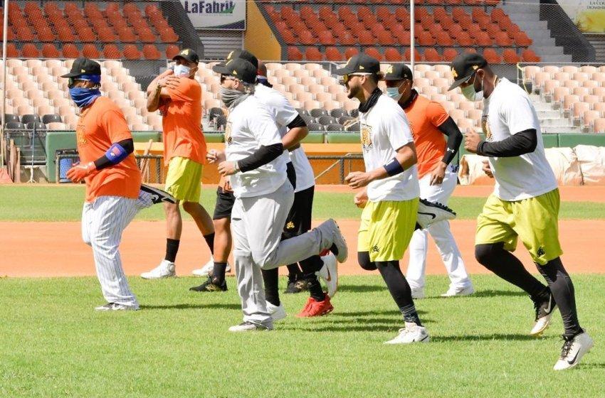 Águilas inician entrenamientos, Carlos Martínez y Junior Lake destacan calidad equipo