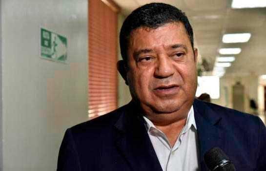 Euclides Sánchez sale del PLD; dice grupismo lo venció
