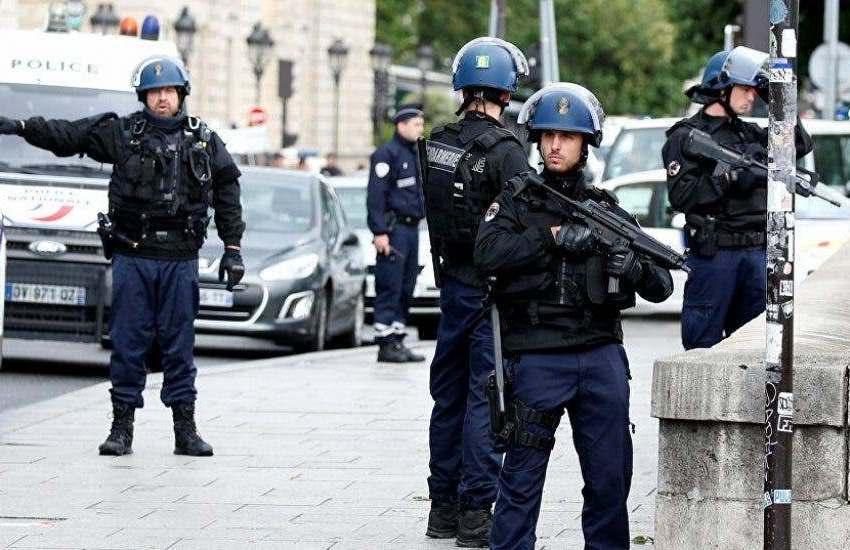 Un joven muerto y cuatro heridos en un enfrentamiento a tiros en Burdeos