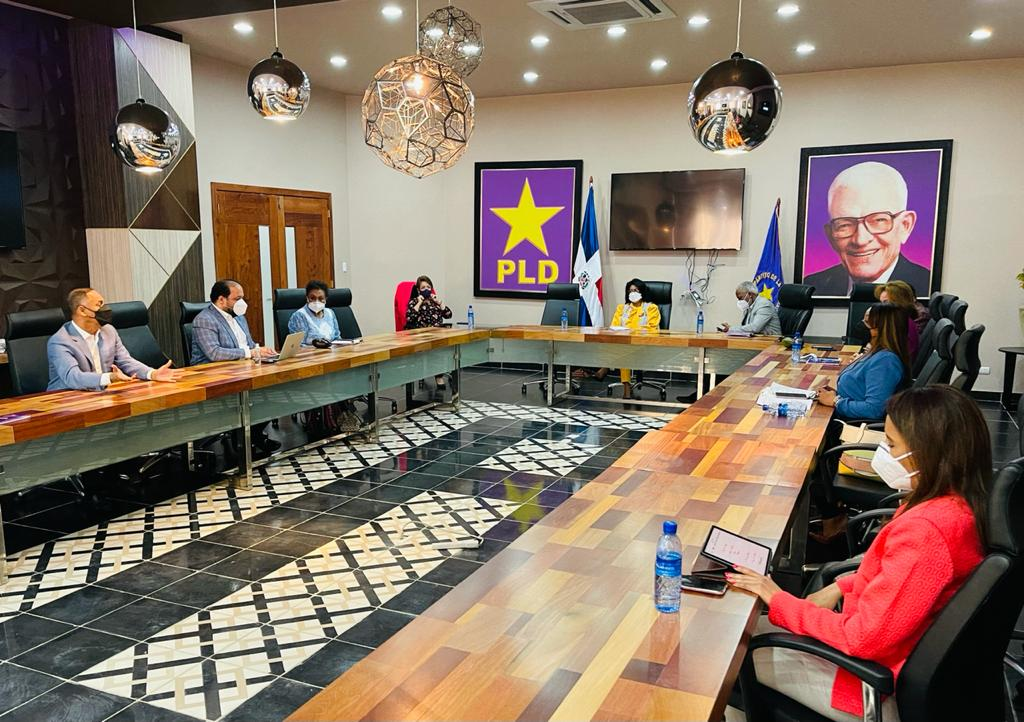 PLD organiza acto juramentación nuevos miembros del CC