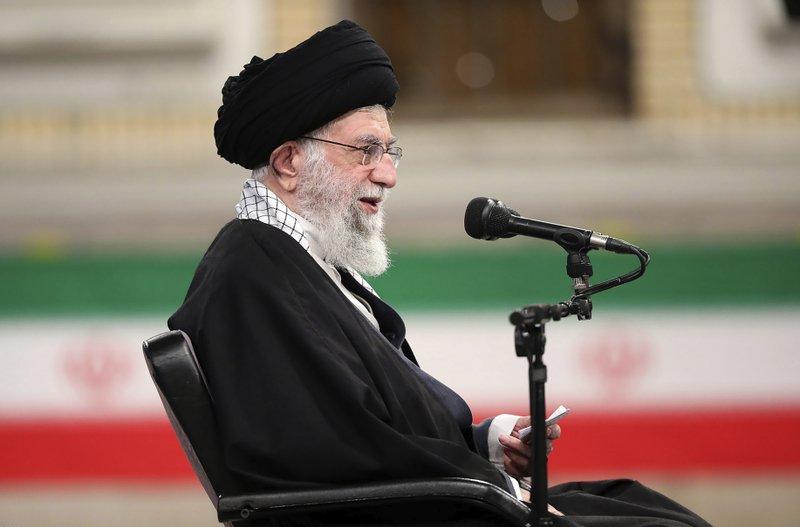 Irán reclama que EEUU levante sanciones para retomar acuerdo