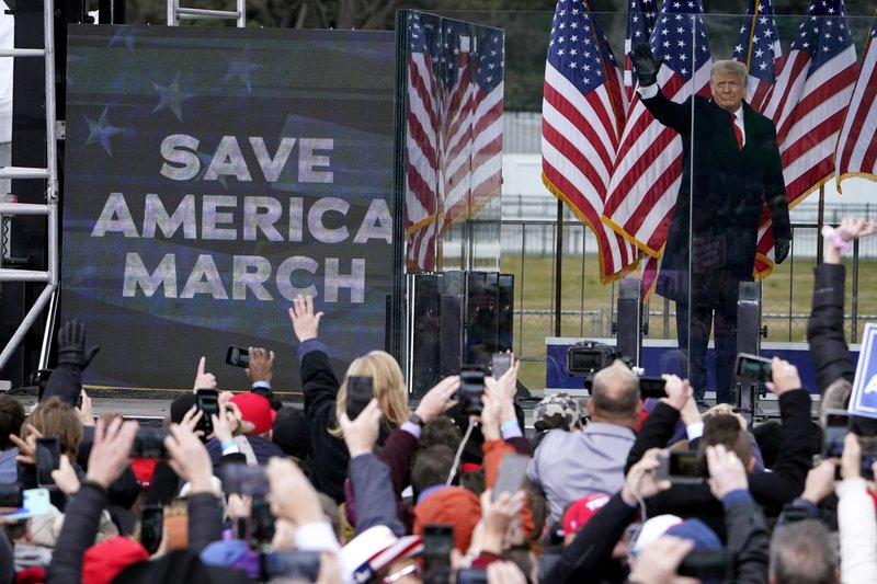 Gobernador de Arkansas no respaldará candidatura de Trump
