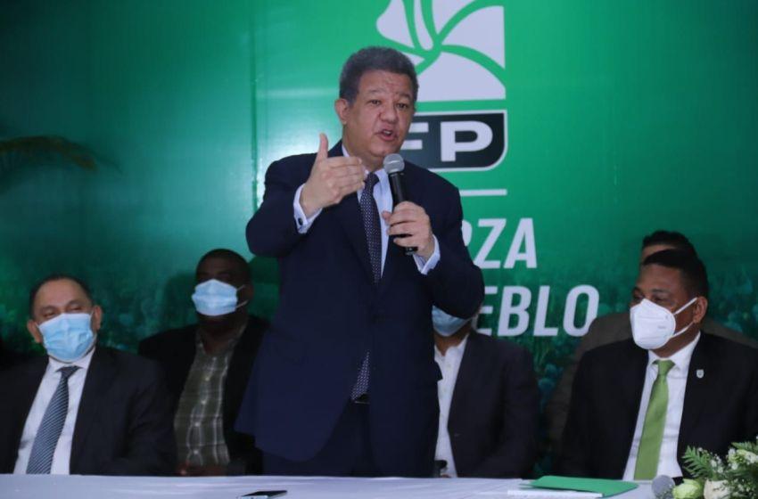 Leonel Fernández: el pueblo merece que el gobierno explique cuándo llegará la vacuna contra el COVID-19