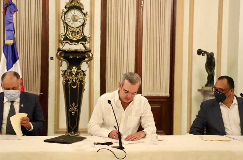Presidente Abinader apoya a cooperativistas; recibe representantes para aunar esfuerzos y fortalecer este sector