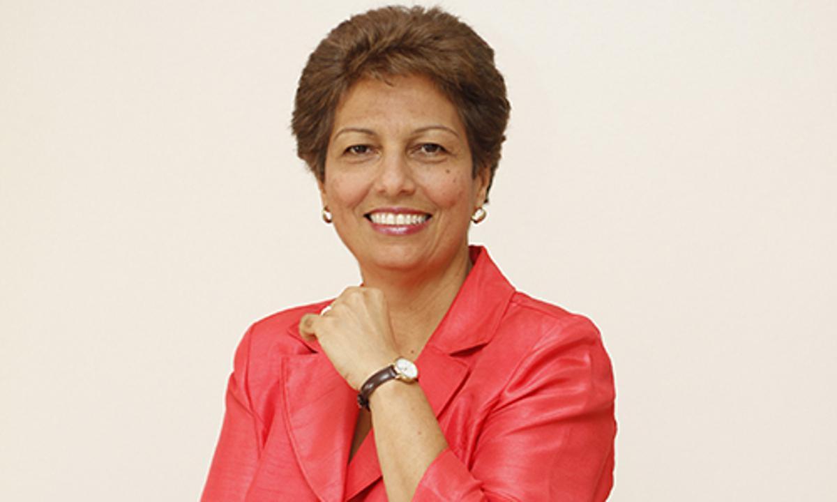 Rosario Espinal dice el gobierno comienza ahora realmente