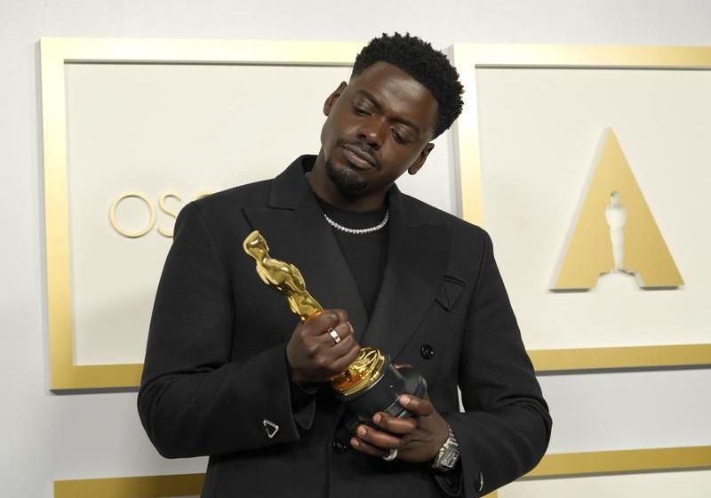 Daniel Kaluuya gana su 1er Oscar, a mejor actor de reparto