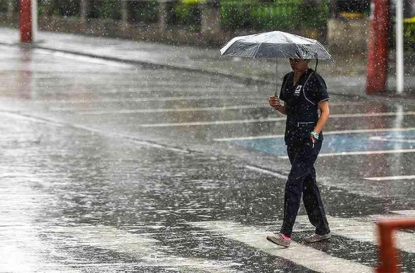 La ONAMET informa viento del este y efectos locales provocarán aguaceros locales en algunas localidades del país