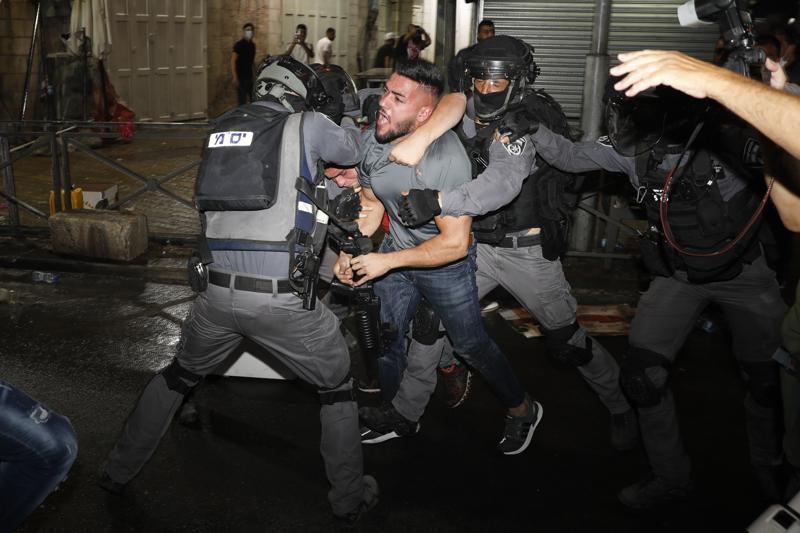 Nuevos enfrentamientos en Jerusalén previos a desfile