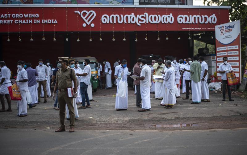 India: Partido de Modi se ve afectado en urnas por el COVID