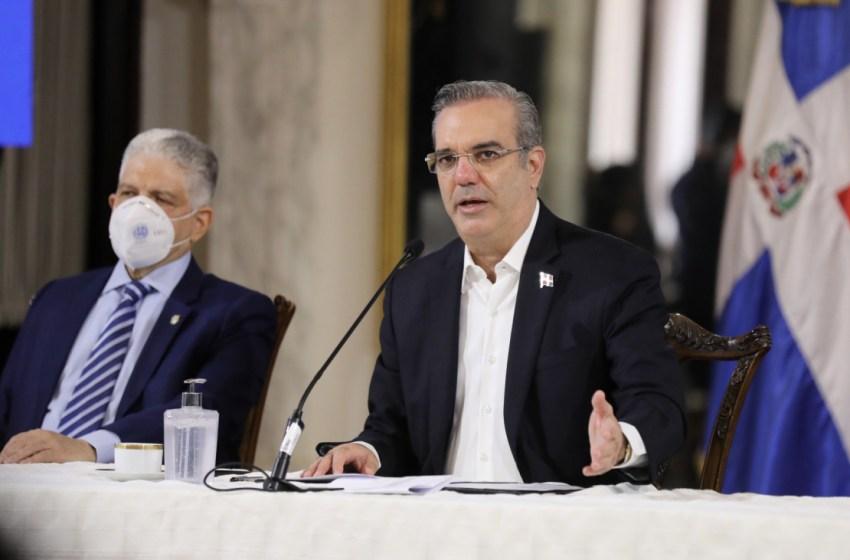 Presidente Abinader plantea diálogo nacional con sectores productivos para crear 600 mil empleos