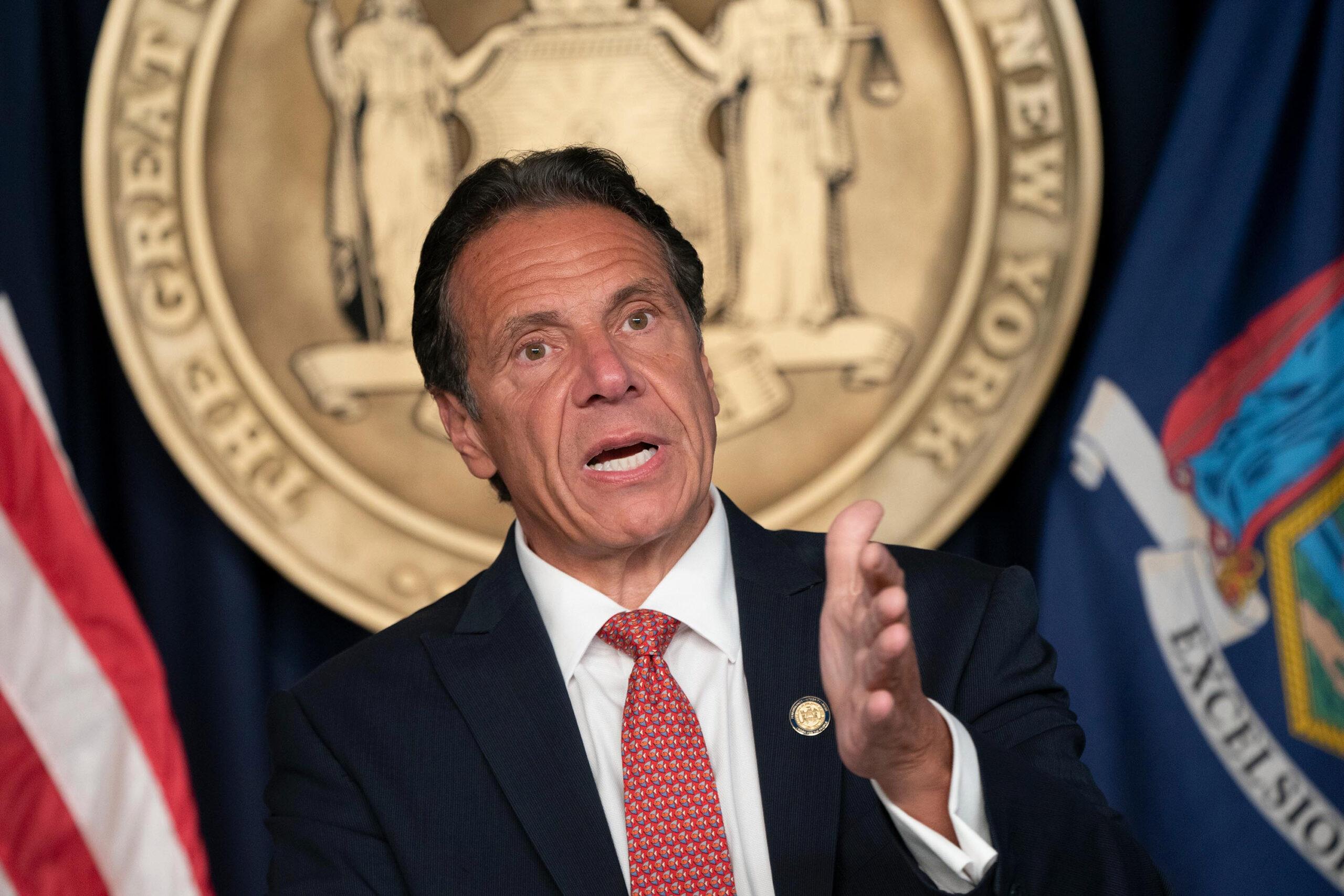 Fiscalía de Nueva York revela gobernador acosó a varias mujeres