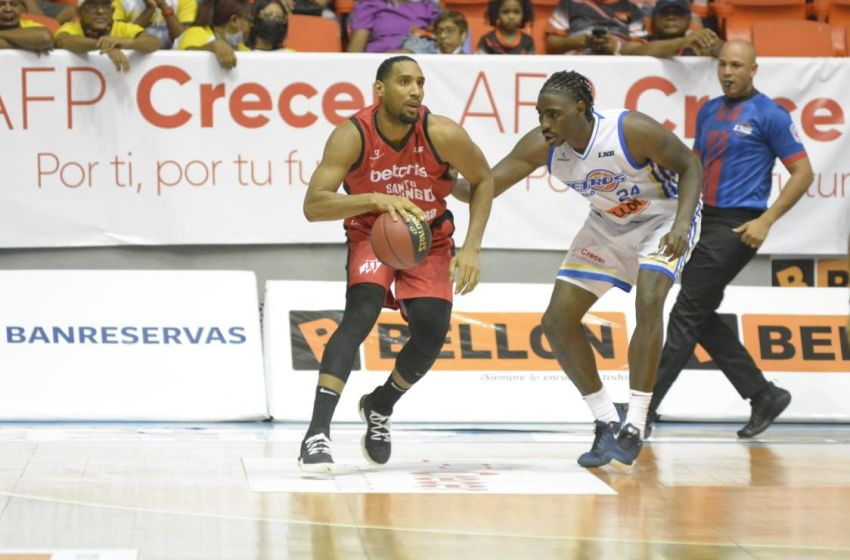 Leones sacan victoria ante Metros en semifinal serie A LNB