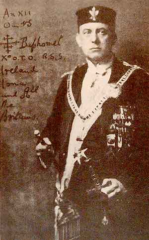 Una foto firmada de Crowley como Baphomet.
