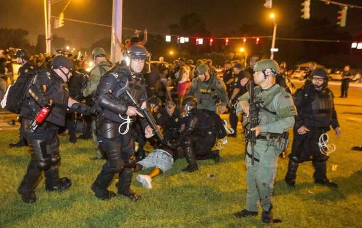 How the Dallas Shootings Serve the Elite's Race Wars and Police State Agenda