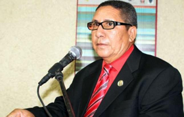 Pedro Fernández amenazado de muerte