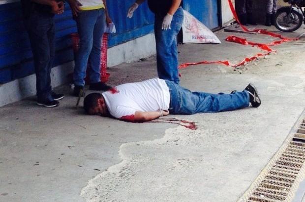 Asesinan a tiros camarógrafo en Santiago