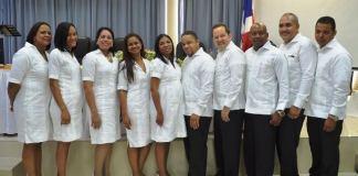 Graduandos de Medicina Familiar y Comunitaria del hospital Marcelino Vélez Santana, de Herrera