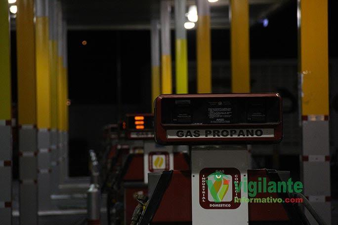 Bajan de nuevo las Gasolinas, el Gas Licuado aumenta de precio