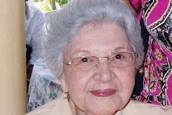 Murió doña Renée Klang viuda Guzmán