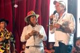 """Milly Quezada recibe el """"Pentagrama de Oro"""" en Colombia"""