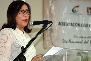 Ministerio de Cultura reconoce y acredita 37 folcloristas