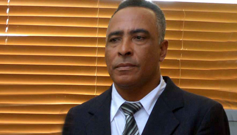 Padres, madres y tutores estudiantes rechazan paro docencia ADP