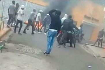 Muerte de joven a manos de policía provoca protestas en Herrera
