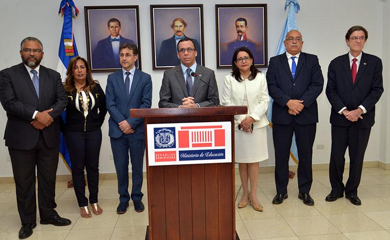 Educación designa 18 Directores Regionales de 149 candidatos