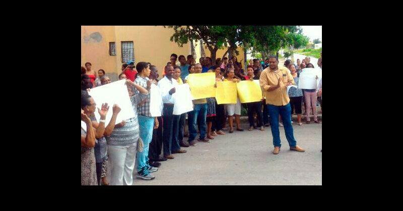 En Prados de la Caña piden a Danilo exoneración de sus viviendas