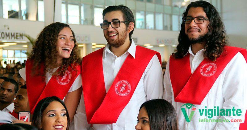 INTEC gradúa primeros licenciados en Biotecnología en RD