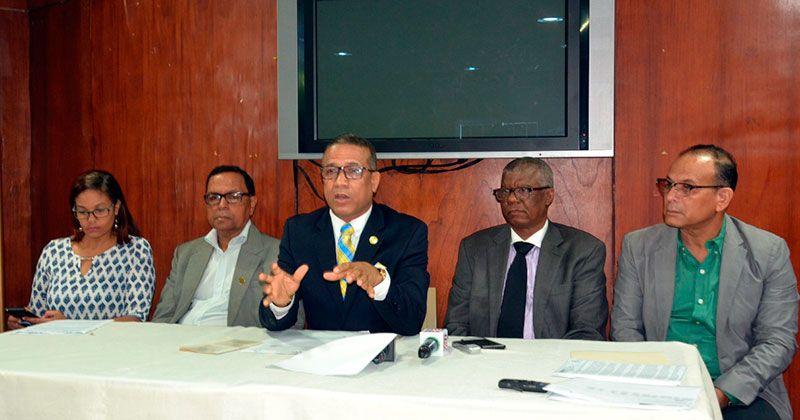 IPPP y CDP dicen procederán legalmente por falta de pago impuesto publicidad
