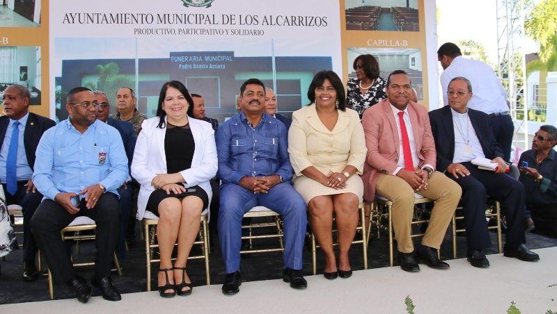 Alcalde Junior Santos inaugurada funeraria municipal Los Alcarrizos