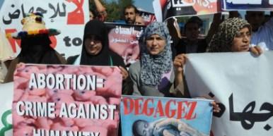 Manifestants intégristes marocains contre l'avortement