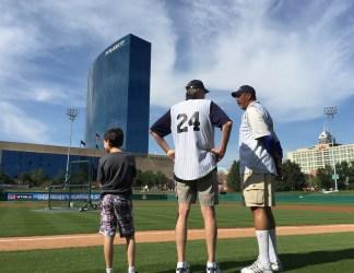 2015-06-04 Celebrity Softball - Netolicky, Daniels