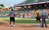 2017-06-15 Jerrell Freeman bats