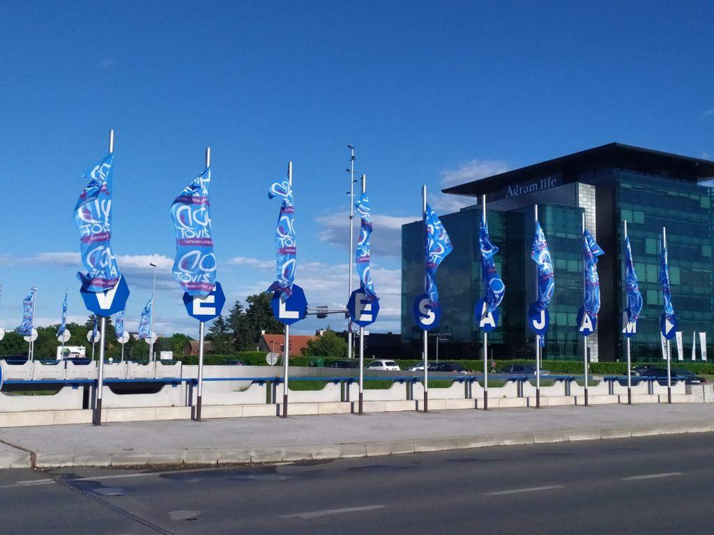 IMG 20200525 180605 scaled - Zadivljujući prizor: zastave Hoda za život po cijelom Zagrebu