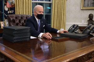 Joe Biden bloque l'oléoduc Keystone XL, Ottawa déçu et l'Alberta en furie