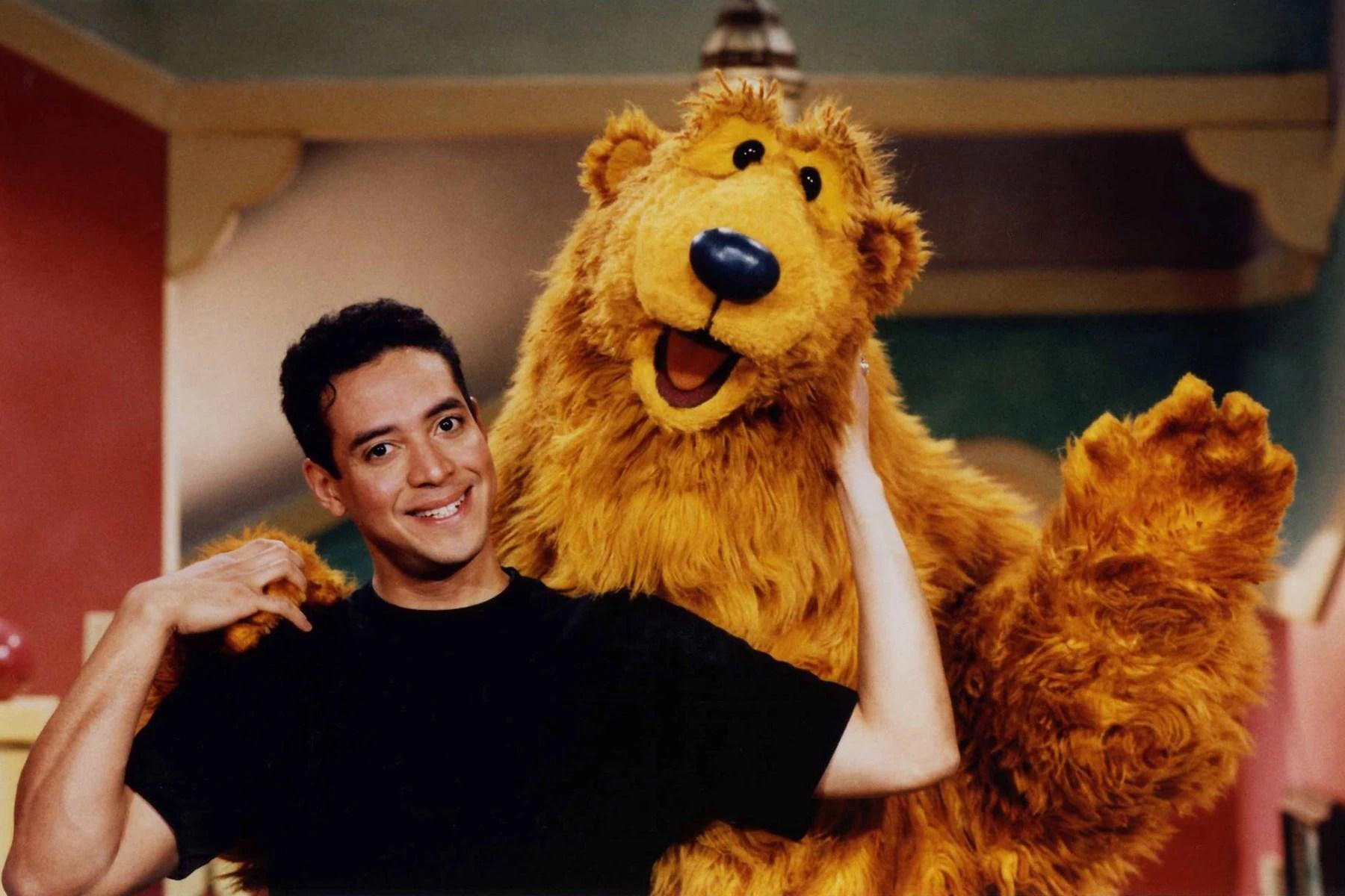 Meet Barney Between Lions