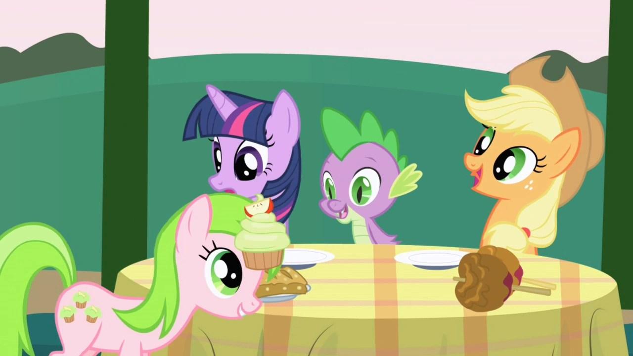 Red Gala My Little Pony Friendship Is Magic Wiki