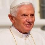 Benedicto XVI presenta su primera Encíclica