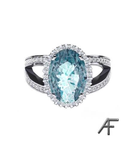 akvamarinring med diamanter